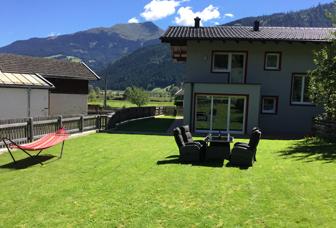 almwirt-bramberg-tuin-vakantie-genieten-zwitserland-vakantiebestemming